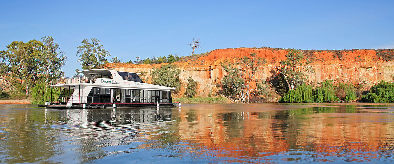 Riverland Houseboat Hire